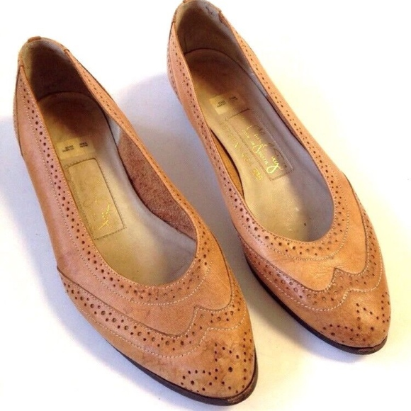 f255677c361fb vtg 80s BROWN LEATHER SPECTATOR FLATS LOAFERS 7